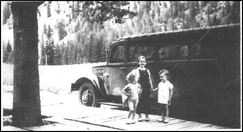 Janet Joan Orvis and Yellowstone bus