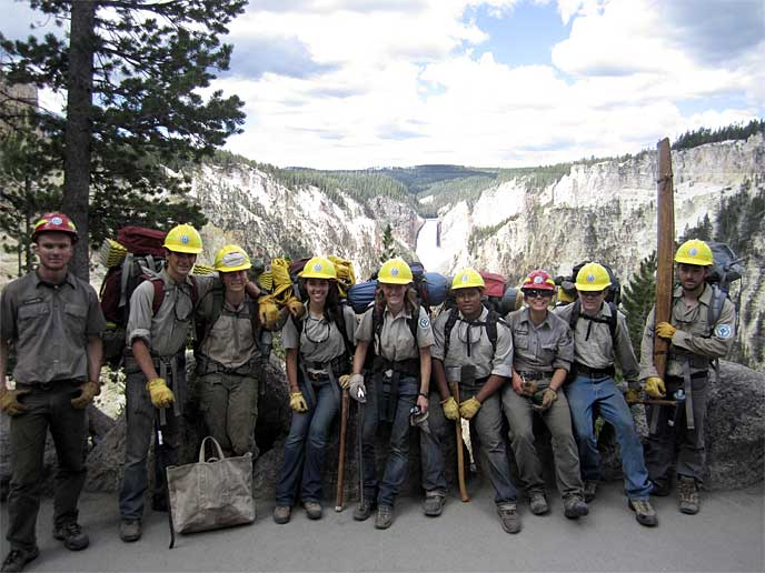 Yellowstone youth conservation corps members